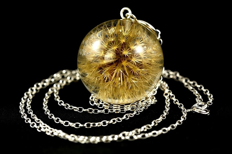 real-dandelion-necklace