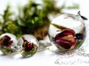 naturalne róże biżuteria