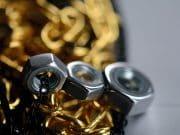 nakrętki biżuteria dla panów