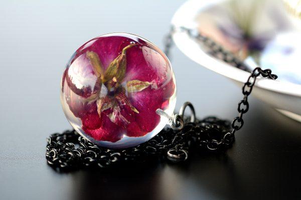 biżuteria z żywicy róże